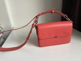 Wunderschöne neue Handtasche