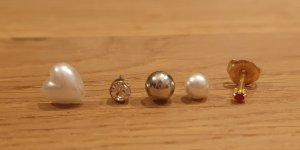 Ear stud silver-colored-natural white