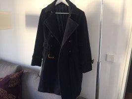 Wunderschöner Mantel im Trenchcoatstil von IQ Berlin