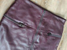 Wunderschöner pflaumefarbener Lederrock von Esprit Gr. 36