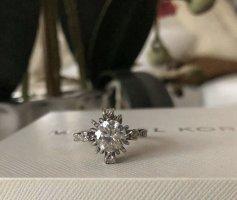 Wunderschöner Ring Silber 925 Zirkonia Gr. S. Neu