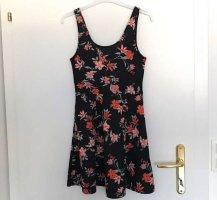 Wunderschönes Kleid mit Blumenmuster NEU, Größe 38