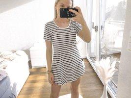 Wunderschönes T-Shirt Kleid