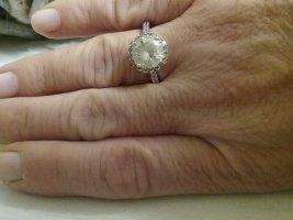 Wundervoller Solitärring aus 925er Silber von DIAMONIQUE