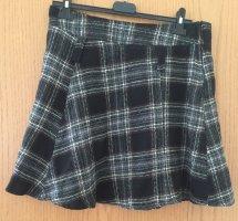 C&A Miniskirt black-white