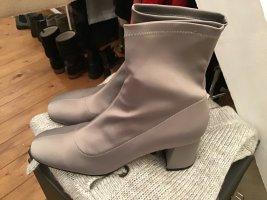 Zara Boots Satin neu Gr. 39