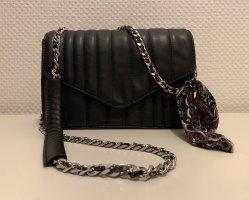 Zara Handtasche mit Kette und Schleifen Verzierung