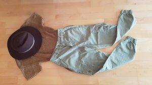 Zara Pantalón de camuflaje gris verdoso tejido mezclado
