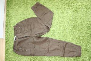 Zara Spodnie typu boyfriend ciemnozielony