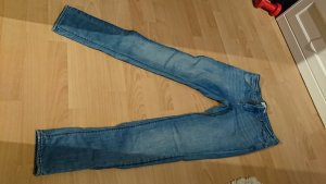 Zara Jeans Slim Fit /Relaxed Fit