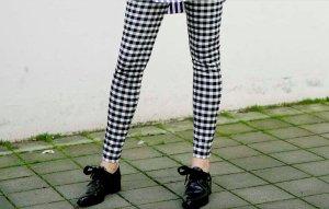 Zara Leggins schwarz/weiß kariert/Karmuster Reißverschluss