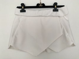 ZARA rock Shorts mini weiß in Gr. XS