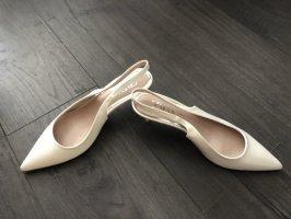 Zara Baleriny z paskiem za piętą biały