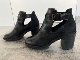 Zara - Stiefeletten mit Absatz in Schwarz