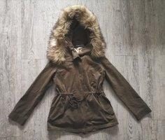 Zara Woman Jacke khaki grün Gr S 36 Fell Kapuze