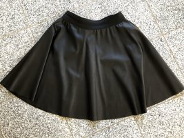 very simple Gonna in ecopelle nero