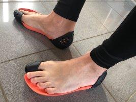 Sandalias cómodas salmón-negro