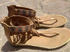 Sandalo infradito con tacco alto marrone chiaro