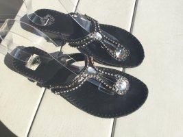 I Love Shoes Entre-doig à talon haut noir cuir