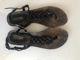 Zehentrenner, Zehentrenner-Sandaletten