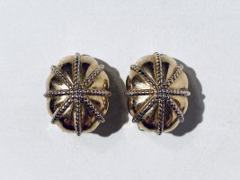Burberry Earclip gold-colored metal
