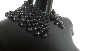 Zara Naszyjnik z perłami czarny