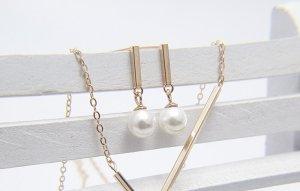 Zierliche Perlen Anhänger vergoldet Klassisch elegant Ohrringe Ohrstecker vintage retro handgemacht