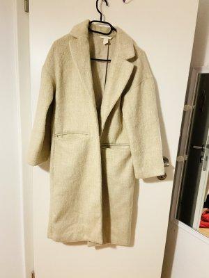 H&M Abrigo ancho beige claro