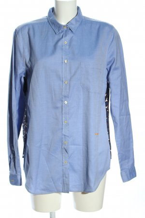 0039 Italy Hemd-Bluse blau-wollweiß grafisches Muster Business-Look