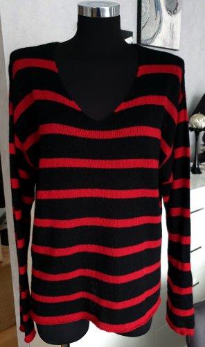 0039 Italy Kasjmier trui bordeaux-zwart Kasjmier