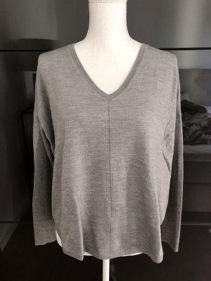 0039Italy Pullover Grau Gr. S 36 V-Ausschnitt Casual