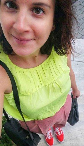 0039Italy Top ärmellose Bluse Blusentop Seide Neon