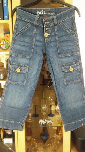 1/2 Jeans von EDC Gr.34