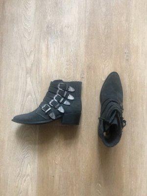 1 mal getragene Ankle Boots, Stiefelette von Pavement, Größe 39