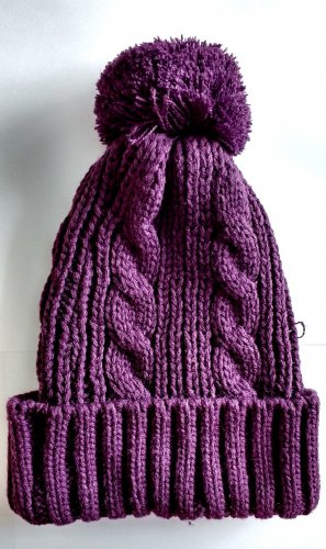 Bobble Hat brown violet polyacrylic