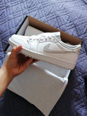100%Authentic Air Jordan 1 Low OG Neutral Grey Womens
