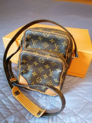 100% Authentic Preloved Louis Vuitton Monogram Amazone Cross Body
