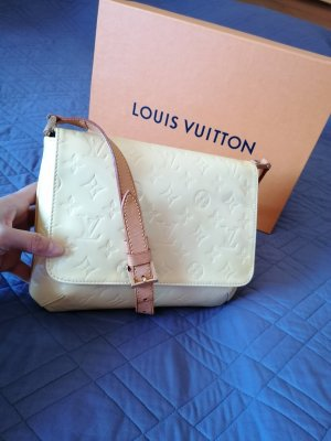 100% Authentic Preloved Louis Vuitton Vernis Monogramm Thompson STREET Leather Shoulder Bag