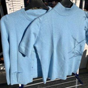 Ensemble en tricot bleu azur