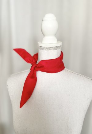 Foulard rouge soie