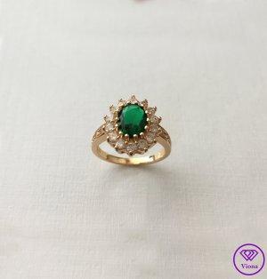 ♈️ 14K Vergoldeter smaragdfarbener Ring