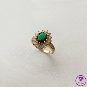 ♈️ 14K Vergoldeter smaragdfarbener Ring -  Gestempelt