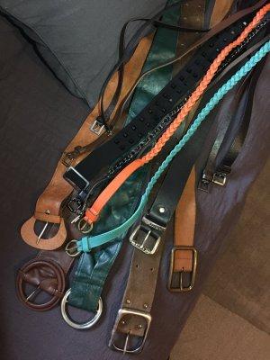 16 Stück Gürtel Größe S-M Länge 84cm bis 109cm PLUS 1 Strandtasche