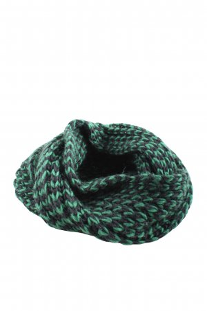 17&co Snood black-green casual look