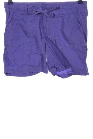 1982 Pantalón corto azul look casual