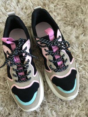 1x getragene Schuhe von bershka