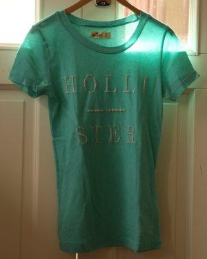 2 Hollister T-shirts