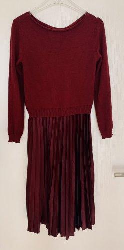 Vestido de lana burdeos-carmín