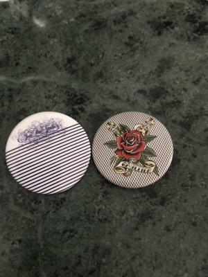 Jean Paul Gaultier Button multicolored metal