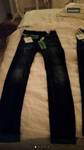Wortel jeans blauw